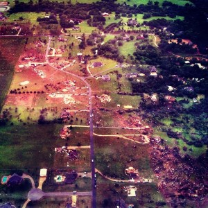 Moore tornado destruction 2013